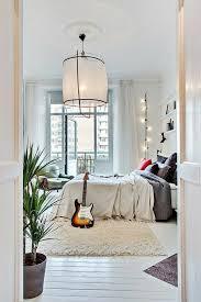 lustre chambre a coucher adulte la descente de lit comment on peut la choisir bedrooms