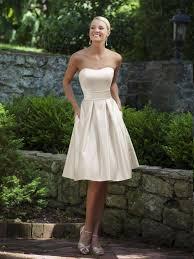 kurze brautkleider gã nstig die besten 25 reception gown ideen auf