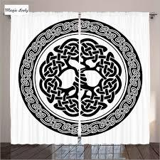 chambre n馮ative blanc rideaux salon chambre celtique arbre de vie irlande