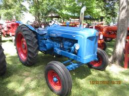 auction lot 295 1955 fordson diesel major 4cylinder tractor reg