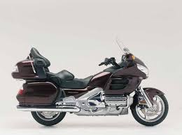 honda gl1800 goldwing 2001 on review mcn
