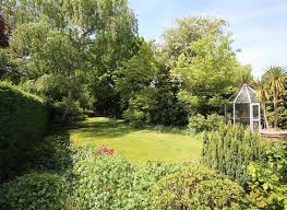 property for sale in the avenue sunbury on thames tw16 dexters