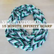 video tutorial sew a 15 minute infinity scarf the diy mommy