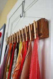 diez cosas para evitar en alco armarios 19 cosas hechas con pinzas de la ropa que harán que no vuelvas a