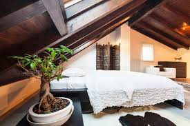 Free Standing Headboard 28 Fabulous Bedrooms Without Headboards Great Photos