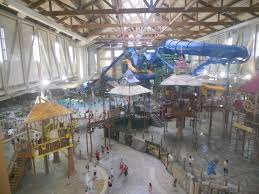 take your kids to great wolf lodge celebrity parents magazine