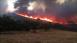Wildfire Cartoon Youtube by Wildfire Forcing Thousands To Flee Small Town Near Yosemite