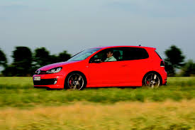 volkswagen gli track day vw golf gti and jetta gli two auto cents