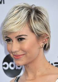 who cuts chelsea kane s hair side view of chelsea kane short sleek pixie cut with side bangs
