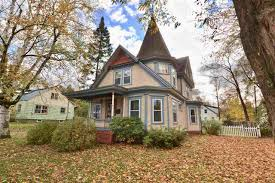 vermont cottage waterbury vt real estate for sale homes condos land and