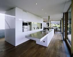 grande cuisine moderne 73 idées de cuisine moderne avec îlot bar ou table à manger