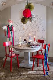 Christmas Crepe Paper Decorations by Paper Christmas Decorations Streamers Paper Chains Stars