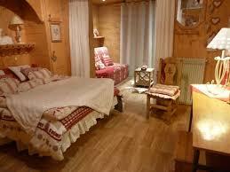 chambre style chalet surprenant décoration chalet montagne deco chambre chalet montagne
