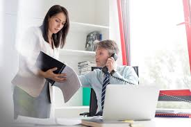 Who Is A Professional Secretary Executive Assistant Skills List And Examples