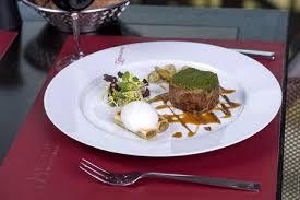 restaurant la cuisine dinner on the floor of the eiffel tower restaurant 58 tour