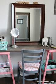 Diy Girls Bedroom Mirror Beyond The Picket Fence Teen Attic Bedroom An Easy Vanity