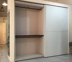 armadio con ante in vetro armadio a vetro armadio ante scorrevoli vetro con canaletto