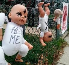 The Scariest Halloween Decorations Ever by Joe D U0027auria Terrifies Neighbors With Graphic Halloween Display