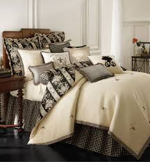 place vendrome from rose garden is a contemporary bedding pattern
