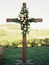 Zenith Home And Garden Decor Flowers On Cross For Wedding At Zenith Vineyard In Oregon Http