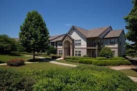 apartments in birmingham al 150 summit beautifully landscaped grounds in a nature setting at 150 summit birmingham al
