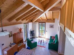 attic area attic apartment with all mod cons in the area quiet area with