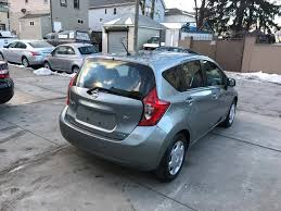 used nissan versa note used 2014 nissan versa note sv hatchback 8 990 00