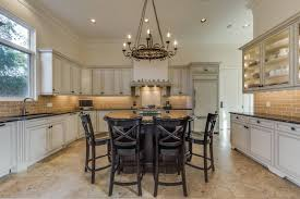 gourmet kitchen islands top 5 features that make a home truly luxurious