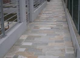 piastrelle balcone esterno pavimenti per esterni