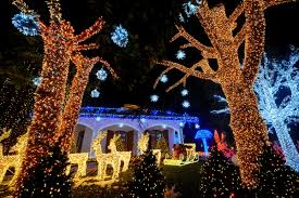 christmas lights around the globe