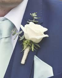 wedding flowers buttonholes best 25 wedding buttonholes ideas on groomsmen
