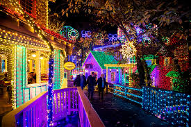free christmas lights branson mo silver dollar city wins top billing for theme park holiday event