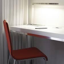 bureau ligne roset le de bureau contemporaine en métal chromé à bras articulé