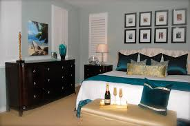 Bedroom Decorating Ideas With Wood Floors Bedroom Dark Brown Platform Bed Brown Wooden Floor Yellow