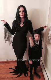 Morticia Addams Halloween Costume Cool Homemade Mom Daughter Couple Costume Morticia