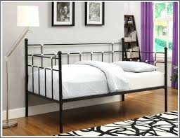 pull out daybed pop up trundle bed frame daybed trundle bed