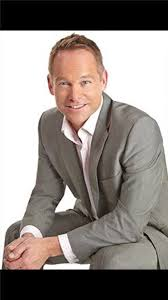 former qvc host with short blonde hair lee clark is an actor extra and model based in london united