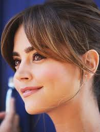 brunette hairstyles wiyh swept away bangs best 25 side swept bangs ideas on pinterest hair with bangs