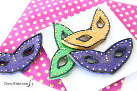 mardi gras cookie cutters mardi gras mask cookies recipe everyday dishes diy