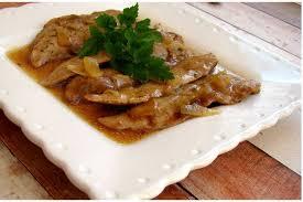 cuisiner aiguillettes de canard recette aiguillettes de canard sauce orange et miel la recette