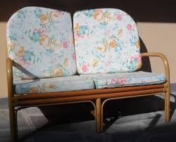 divanetto vimini divanetto i vimini 2 posti con cuscini a rimini kijiji