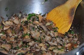 cuisiner les pleurotes crumble de potiron aux pleurotes amap larmor plage