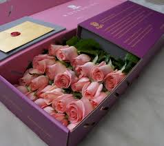 in a box delivery roseshire luxury roses delivered lesley a lifestyle