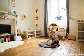sa chambre chambre montessori voici un bel exemple d aménagement à découvrir