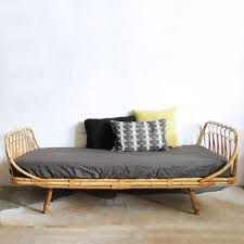 banquette rotin vintage lit rotin daybed vintage f639 lit en rotin rotin et banquette