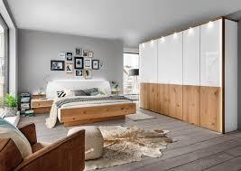 Schlafzimmer Komplett Mit Eckkleiderschrank Komplett Schlafzimmer Aus Massiver Wildeiche Terrano
