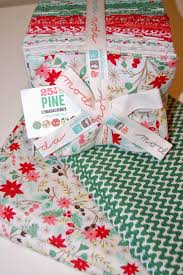 Peppermint Twist Tree Skirt Using Peppermint Swirl Tree Skirt Moda Bake Shop