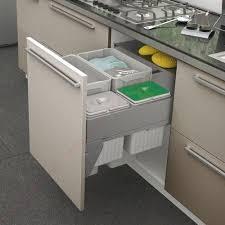 poubelle pour meuble de cuisine poubelle de cuisine inox coulissante de tri sélectif
