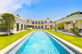 neoclassical home neoclassical miami beach estate asks 150k a month curbed miami