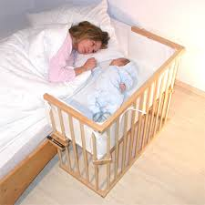 lit bébé chambre parents après le cododo vient quand zalah materne